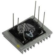 Чип реле-регулятора генератора AZM9381